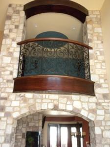 q-Interior-foyer-of-natural-stone