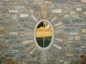 q-Mica-blend-ledge-stone-exterior-wall